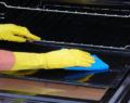 Jednoduchý trik na vyčištění trouby geniálním způsobem snadno a rychle!