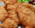 Nejkřehčí domácí kuřecí řízky se sýrem připravené v troubě za pár minut!