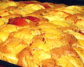 Nadýchaný jablečný koláč z hrnečku s famózní jemnou chutí – připravený za 30 minut!