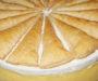 Domácí francouzský dort se zakysanou smetanou a vanilkovým krémem – pochutná si celá rodina!