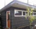 Starou garáž přeměnil v nádherný malý domeček! Uchvátí Vás tím jak moc překrásný je uvnitř!