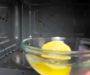 Jednoduchý trik jak vyčistit mikrovlnku za 1 minutu, díky obyčejnému citronu! Vypadá jako nová!